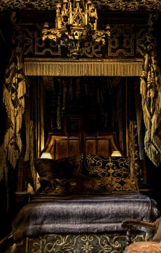 The witchery by the castle dimbourg for Lit gothique